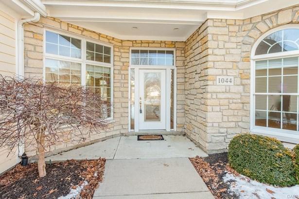 1044 Wedgestone Court, Centerville, OH - USA (photo 2)