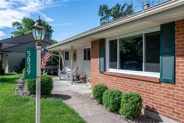 5839 Jassamine Drive, West Carrollton, OH - USA (photo 4)