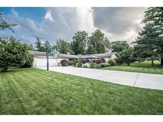 832 Stoneybrook Drive, Kettering, OH - USA (photo 1)