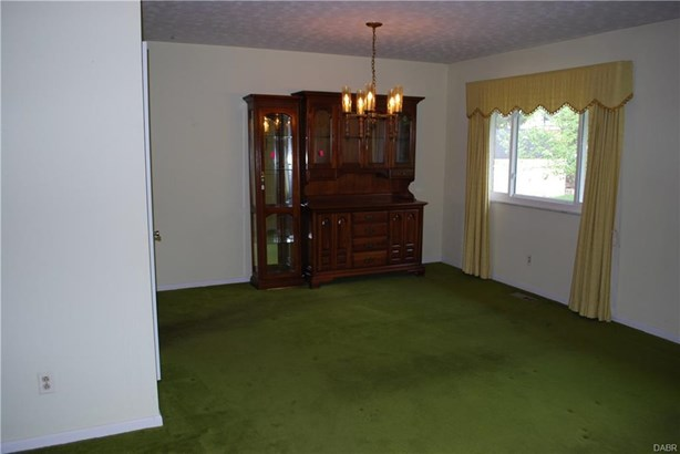4212 Wagner Road, Kettering, OH - USA (photo 4)