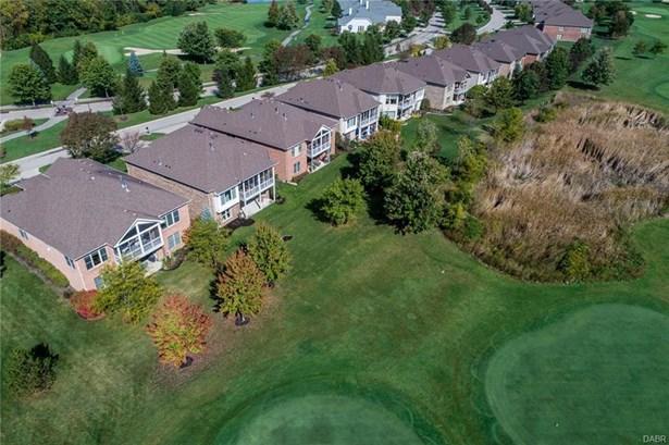 10297 Belleterrace Place, Centerville, OH - USA (photo 4)