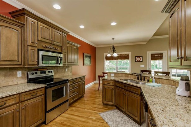 1425 Riva Ridge Ave, Bowling Green, KY - USA (photo 5)