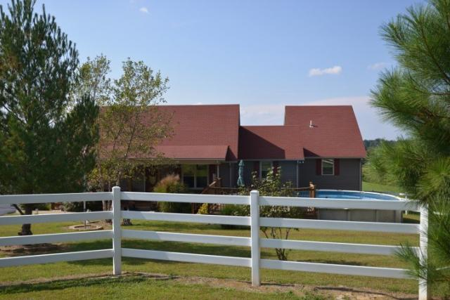690 Pardue Rd, Scottsville, KY - USA (photo 1)