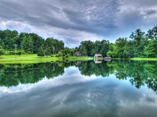 Ranch,Residential, Traditional - Helenwood, TN (photo 4)