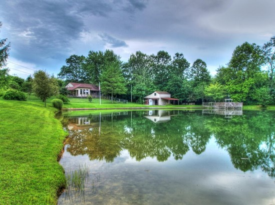 Ranch,Residential, Traditional - Helenwood, TN (photo 5)