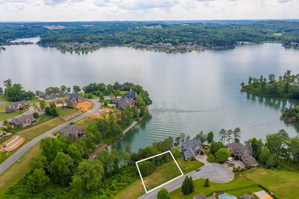 Lake Front,Single Family - Lenoir City, TN