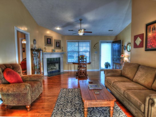 Ranch,Residential, Traditional - Knoxville, TN (photo 4)