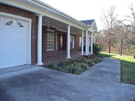 Ranch,Residential, Traditional - Harriman, TN (photo 3)