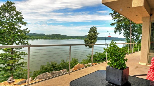 2 Story,Residential, Contemporary - Louisville, TN (photo 4)