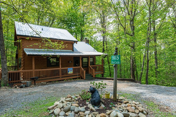 1 1/2 Story,Residential, Cabin,Log - Sevierville, TN