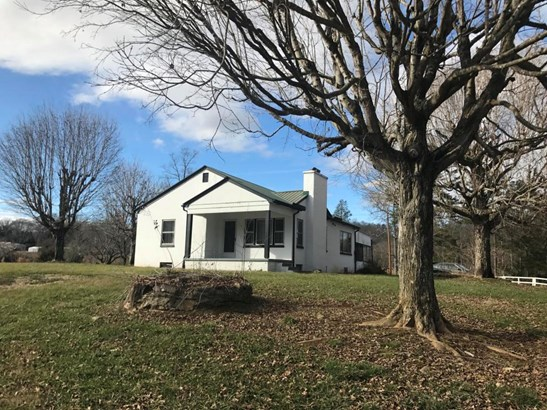 Basement Ranch,Residential, Traditional - Oliver Springs, TN (photo 1)