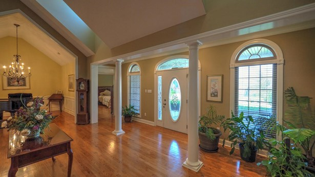 1 1/2 Story,Residential, Traditional - Knoxville, TN (photo 3)