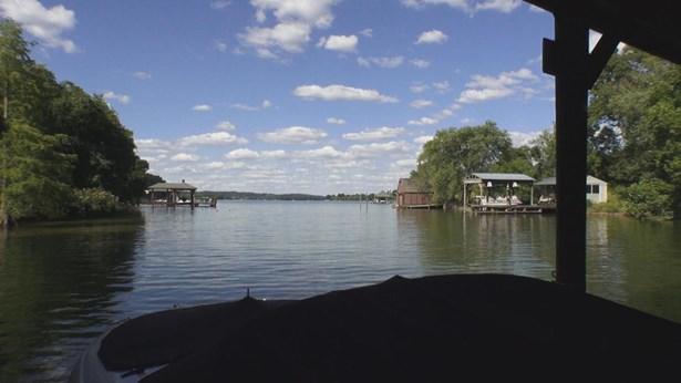 Single Family,Waterfront Access - Louisville, TN (photo 4)