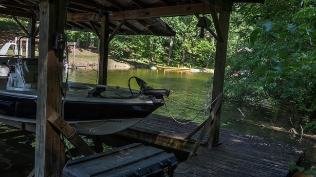 Lake Front,Single Family - Friendsville, TN (photo 1)