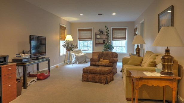 Traditional, 2 Story Basement,Residential - Jacksboro, TN (photo 5)