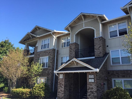 Traditional, Townhouse,Condominium - Knoxville, TN (photo 1)