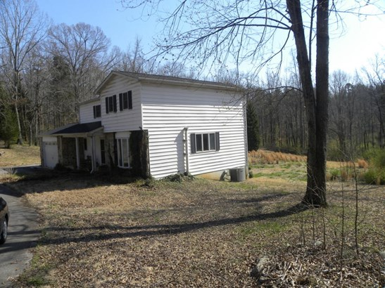 Traditional, 2 Story Basement,Residential - Loudon, TN (photo 3)