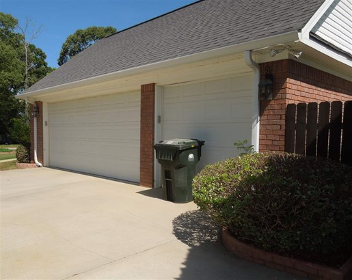 Single Family Attached - Warner Robins, GA (photo 4)