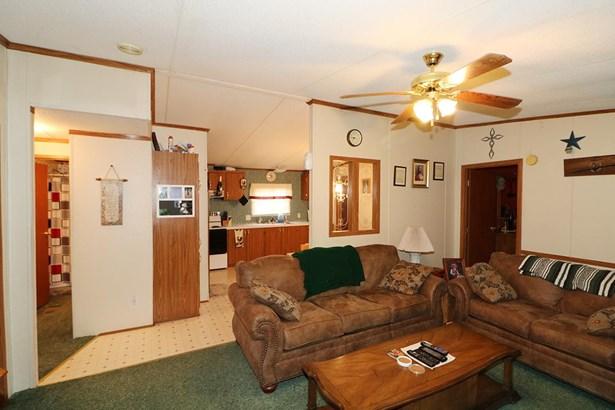 Mobile Home - Byron, GA (photo 3)