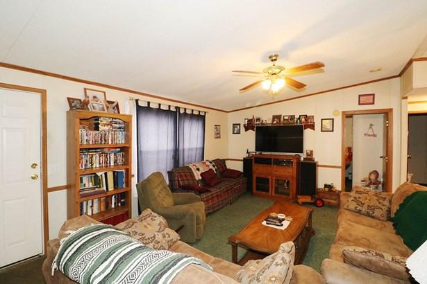 Mobile Home - Byron, GA (photo 5)