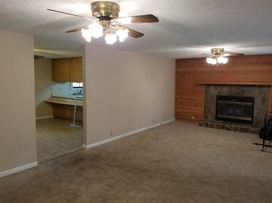 Single Family Detached - Byron, GA (photo 3)