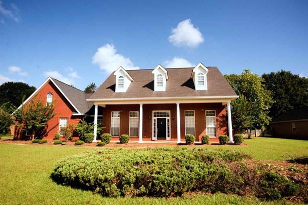Single Family Detached - Kathleen, GA