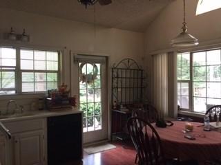 Single Family Detached - Kathleen, GA (photo 4)