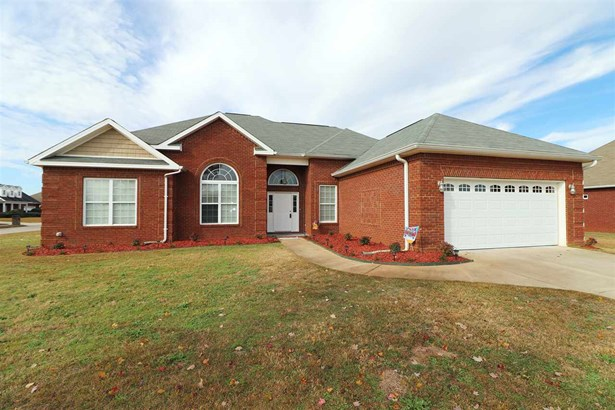 Single Family Detached - Warner Robins, GA