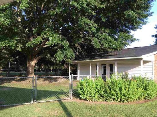 Single Family Detached - Kathleen, GA (photo 3)