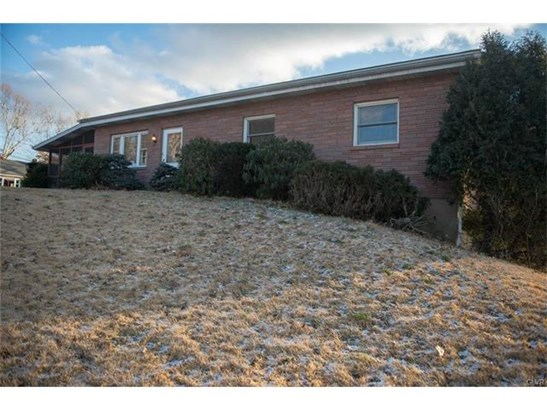 Ranch, Detached - Hellertown, PA (photo 1)