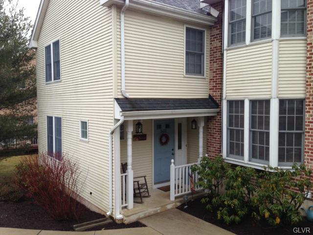 End of Row,Row/Townhouse, Contemporary - Hanover, PA (photo 1)