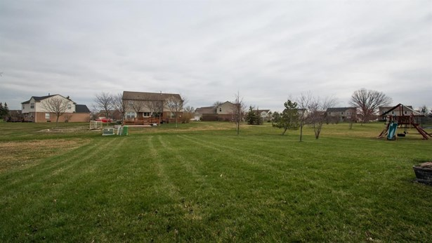 47382 Fairlawn Court, Canton, MI - USA (photo 2)