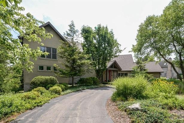 2566 Thornapple Drive, Ann Arbor, MI - USA (photo 1)