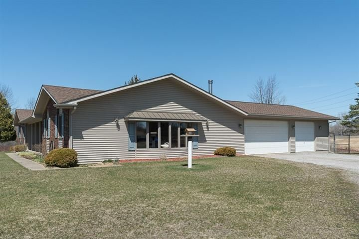 8489 Meyers Lane, Pinckney, MI - USA (photo 4)