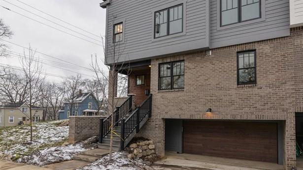 105 West Davis, Ann Arbor, MI - USA (photo 2)