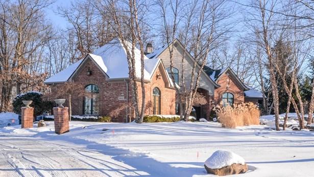 8641 Stoney Creek Drive, South Lyon, MI - USA (photo 2)