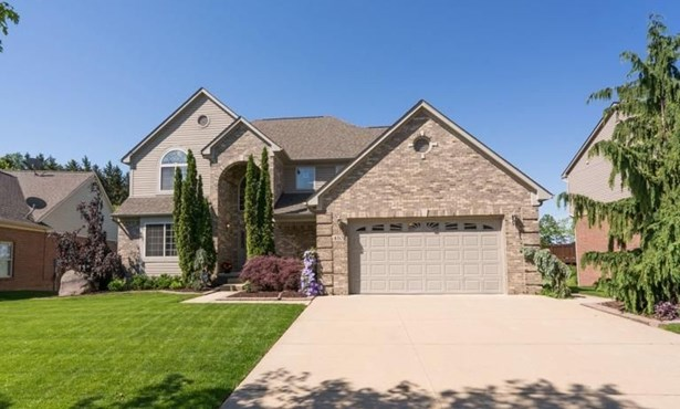 410 Fairways Lane, Chelsea, MI - USA (photo 2)