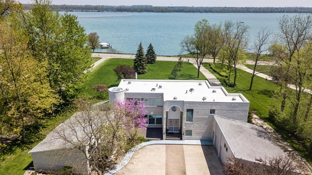 25894 East River Road, Grosse Ile, MI - USA (photo 1)