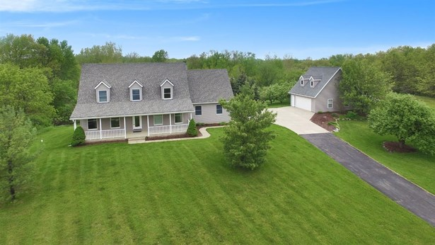 13540 Orchard Court, Gregory, MI - USA (photo 1)