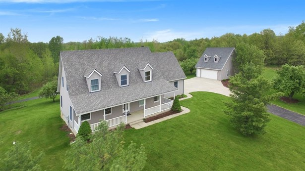 13540 Orchard Court, Gregory, MI - USA (photo 3)