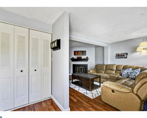 6 Aspen Ct, Monmouth Jct, NJ - USA (photo 3)