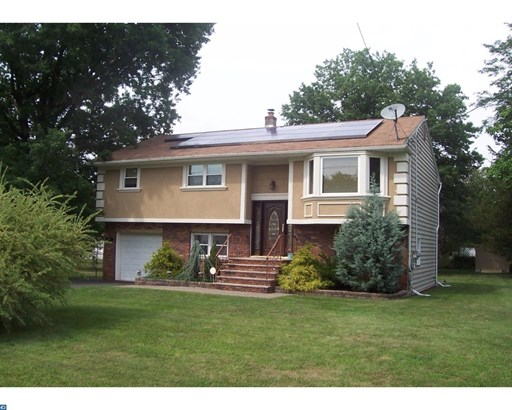 141 Farrell St, Franklin Twp, NJ - USA (photo 1)