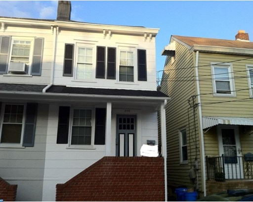 226 Spring St, Bordentown, NJ - USA (photo 1)