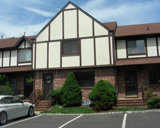 6 Essex Ct, Ewing, NJ - USA (photo 1)