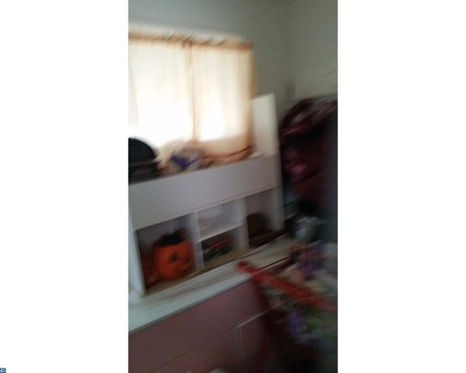 253 S Logan Ave, Trenton, NJ - USA (photo 4)