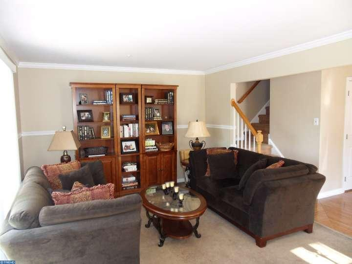 214 Eagle Ct 607, Jamison, PA - USA (photo 4)