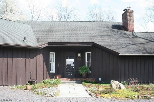 935 Spring Hill Rd, Riegelsville, PA - USA (photo 3)