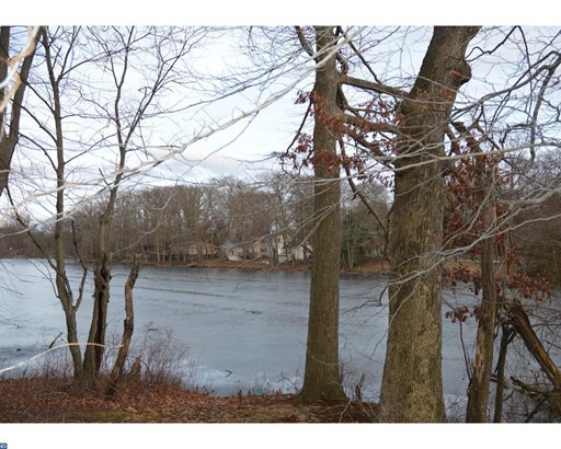 2028 Sylvan Park Rd, Burlington, NJ - USA (photo 5)