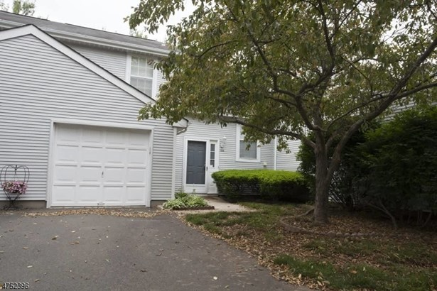 126 Winchester Way, Somerset, NJ - USA (photo 1)