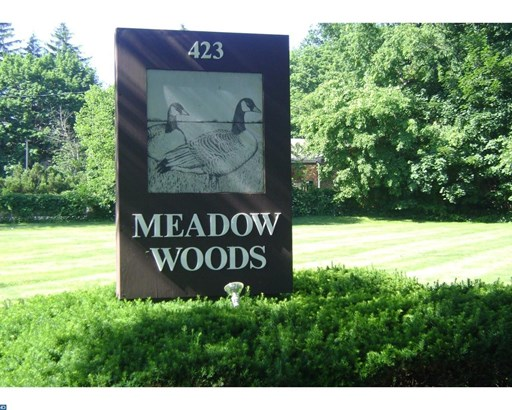 712 Meadow Woods Ln, Lawrence, NJ - USA (photo 1)
